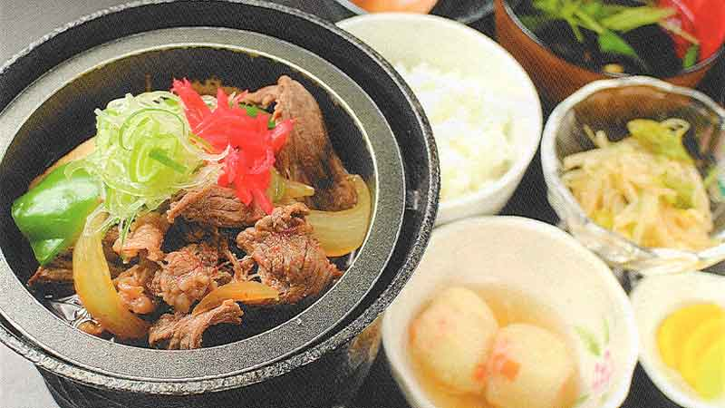 ピリ辛牛肉豆腐定食