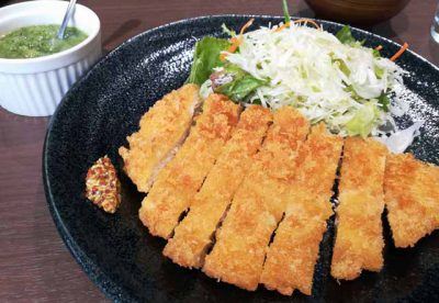 チキンカツ定食2
