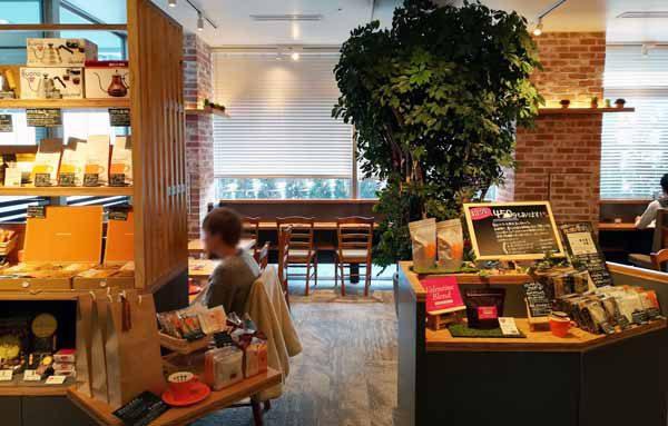 ナガハマコーヒー店内2