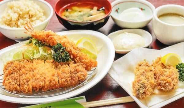 牡蠣・ロース・海老フライ定食