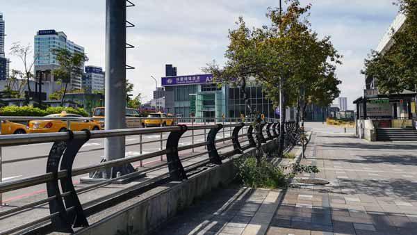 桃園空港MRT台北駅