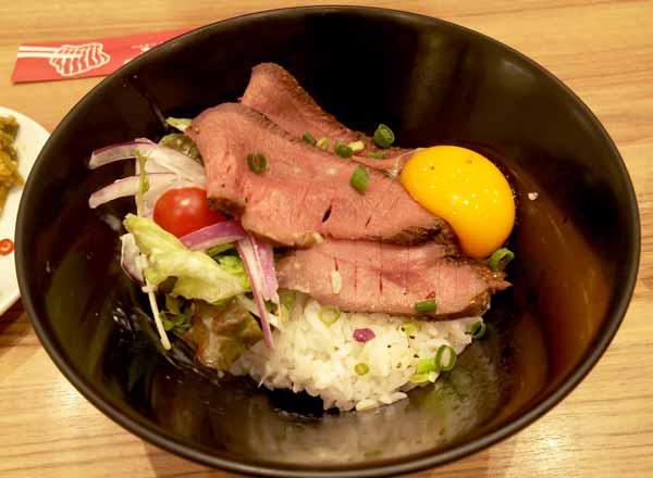 牛たんローストビーフ丼
