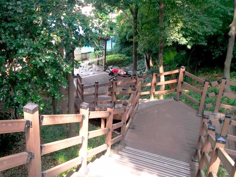 龍頭山公園出口